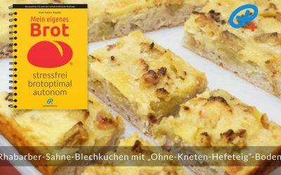 """Blechkuchen mit """"Ohne-Kneten-Hefeteig""""-Boden"""