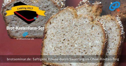 brotseminar.de: Roggen-Weizen-Gerste-Sauerteigbrot mit Haferkruste + einer fluffigen Krume. Alles passt perfekt zusammen. Kaum zu glauben, dass ich den Brot-Teig — bei der Herstellung + Verarbeitung — niemals mit den Fingern berührt hatte. Erst als ich das Brot fertig gebacken aus dem Brot-Kastenform-Set 2017 genommen hatte, waren meine Hände im Spiel.