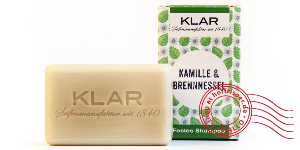 """© Mai 2019 by allyoucanstyle.de, Foto von KLAR Seifenmanufaktur Heidelberg: Festes Shampoo """"Kamille-Brennnessel"""" mit Verpackung aus Pappe"""