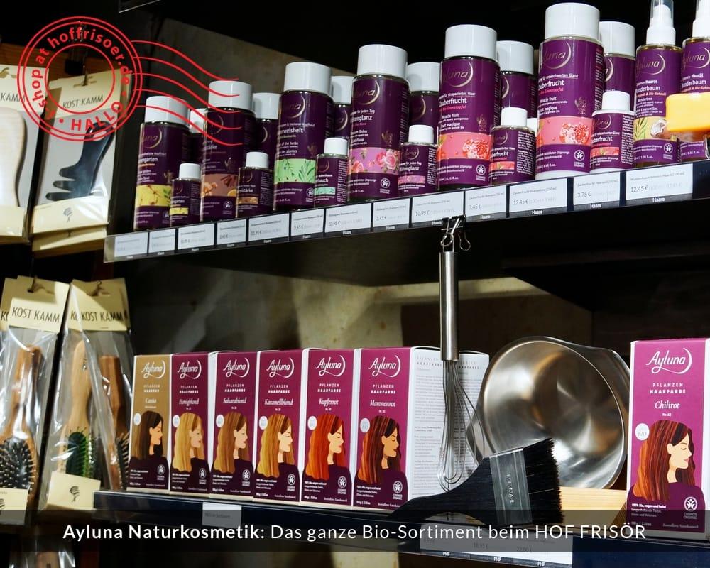 © 2020 HOF FRISÖR-Verkaufsregal mit Ayluna Naturkosmetik: Bio-Pflanzen-Haarfarbe, flüssige Shampoos, flüssige Haarspülung in 250 ml und 50 ml Reisegröße, professionelles Werkzeug zum Färben deiner Haare mit Pflanzenhaarfarbe, Kämme und Bürsten aus Holz von Kost Kamm